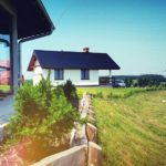domki na mauzurach, piękna pogoda latem
