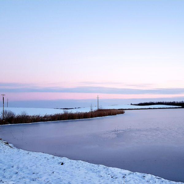 zmarznięte jezioro dejguny